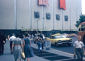 Entrance to the Soviet Exhibition, New York Coliseum, 22 July 1959. Photo by Walter Reed. © Leon Reed