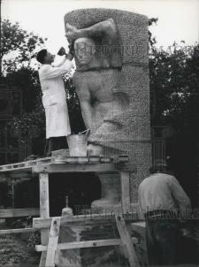 Keystone press photo of Karl Wenke at work, 15 June 1955